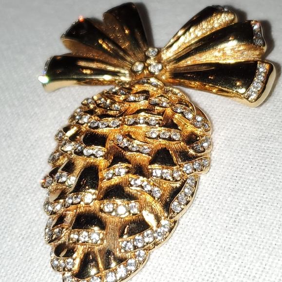Swarovski Crystal Pinecone Gold Tone Brooch